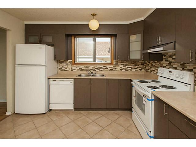 Photo 9: 195 WHITEHAVEN Road NE in CALGARY: Whitehorn Residential Detached Single Family for sale (Calgary)  : MLS(r) # C3629421