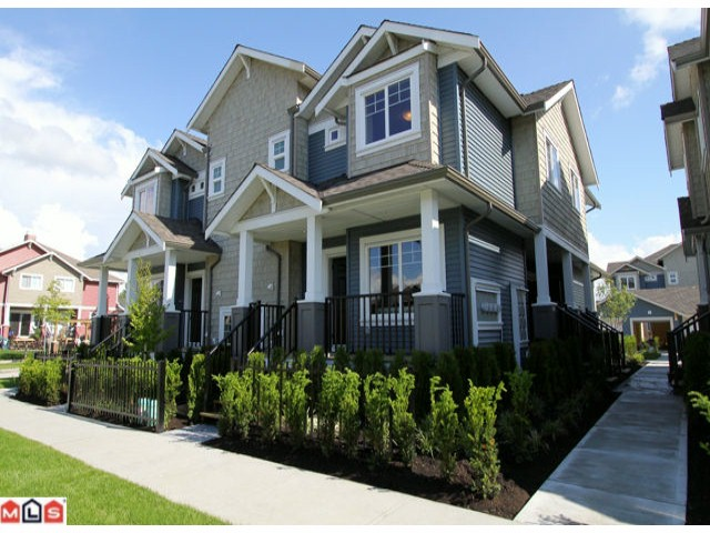 Main Photo: A1 19296 72A Avenue in Surrey: Clayton Townhouse for sale (Cloverdale)  : MLS® # F1217771