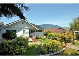 Main Photo: 7305 BRAESIDE DR in Burnaby: Westridge BN House for sale (Burnaby North)  : MLS® # V1104840