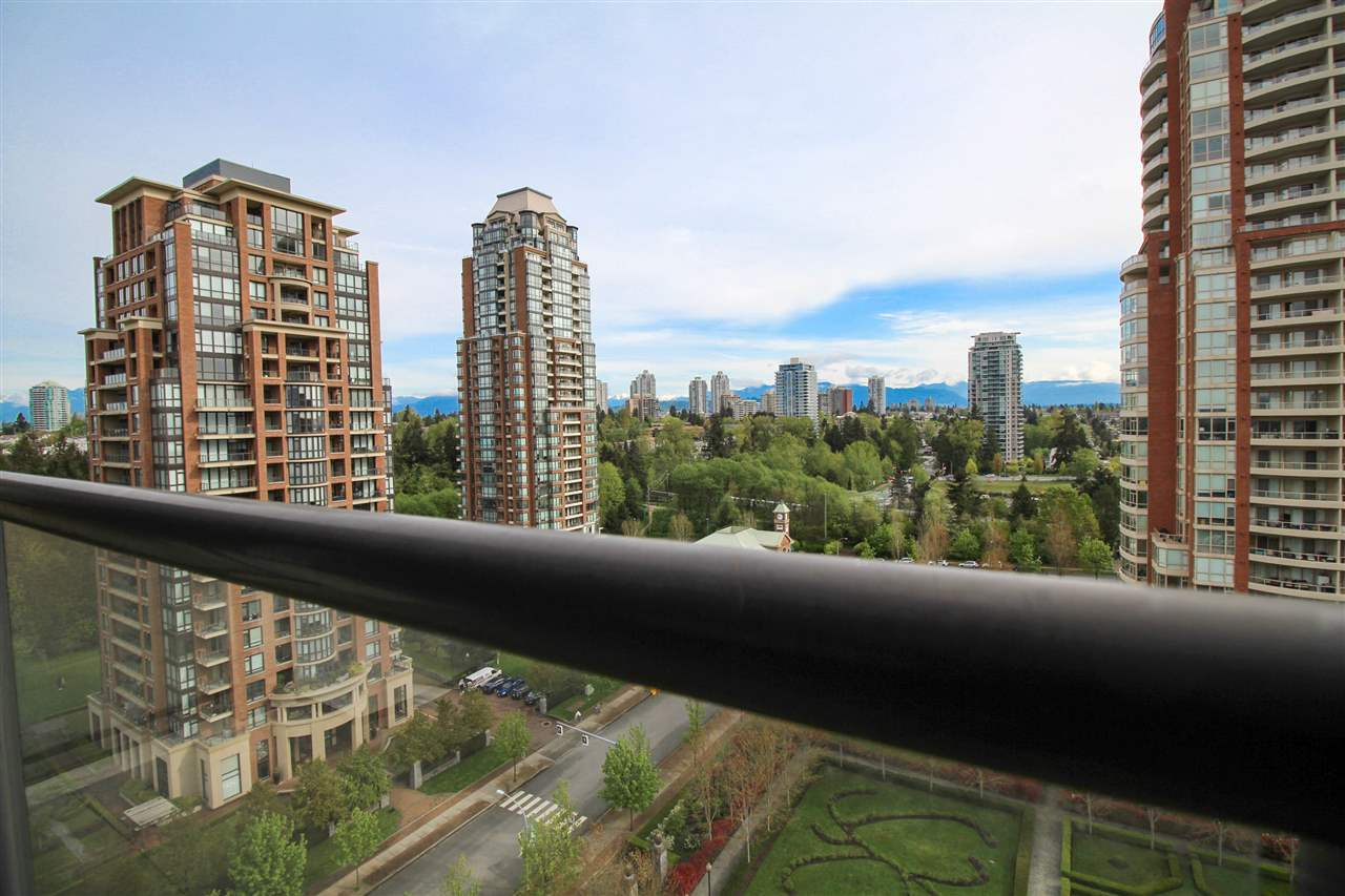 Photo 11: 1501 7368 SANDBORNE AVENUE in Burnaby: South Slope Condo for sale (Burnaby South)  : MLS® # R2056484