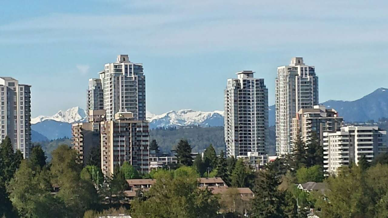 Photo 10: 1501 7368 SANDBORNE AVENUE in Burnaby: South Slope Condo for sale (Burnaby South)  : MLS® # R2056484