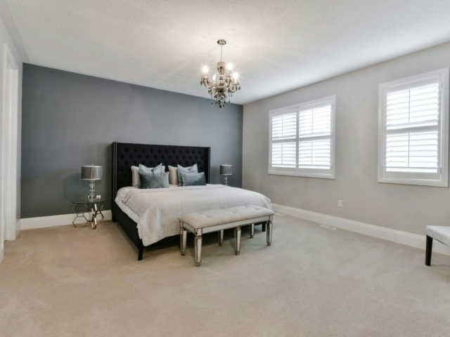 Photo 3: 158 Masterman Cres in Oakville: Rural Oakville Freehold for sale : MLS(r) # W3647708