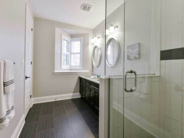 Photo 7: 158 Masterman Cres in Oakville: Rural Oakville Freehold for sale : MLS(r) # W3647708