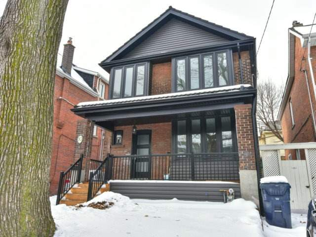 Main Photo: 10 Eaton Ave in Toronto: Danforth Village-East York Freehold for sale (Toronto E03)  : MLS(r) # E3683348