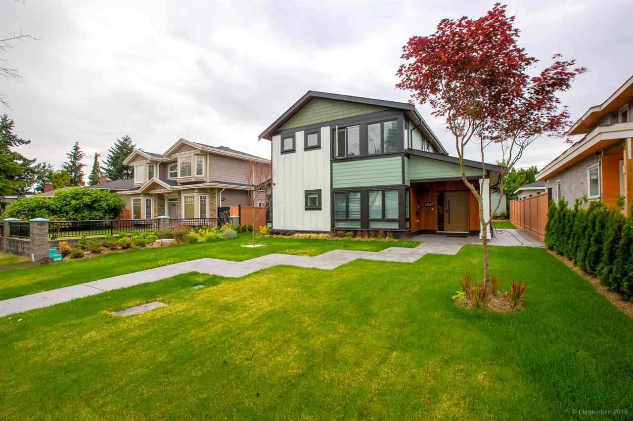 FEATURED LISTING: 4547 BRENTLAWN Drive Burnaby