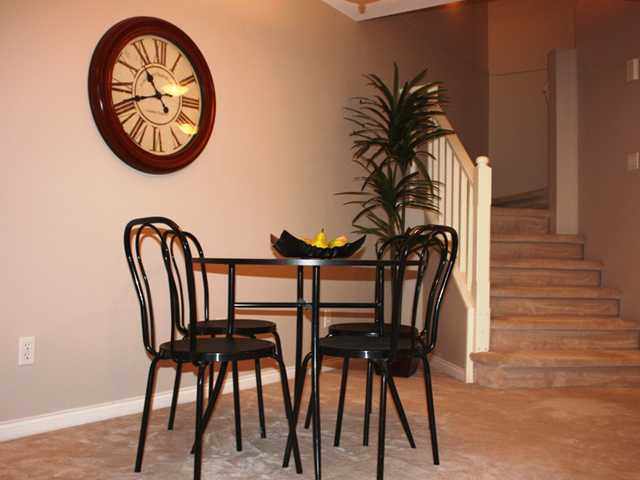 "Photo 4: 109 2960 PRINCESS in Coquitlam: Canyon Springs Townhouse for sale in ""THE JEFFERSON"" : MLS(r) # V930888"
