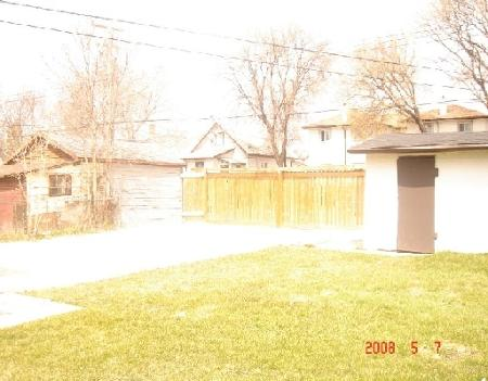 Photo 10: 909 MANITOBA: Residential for sale (Canada)  : MLS® # 2807630
