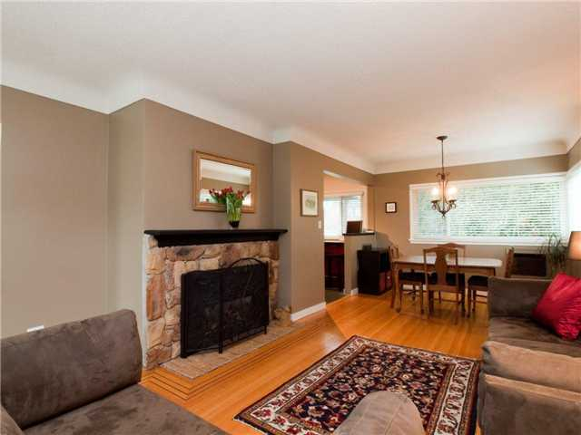 Photo 3: 3306 TRUTCH Street in Vancouver: Arbutus House for sale (Vancouver West)  : MLS® # V952696