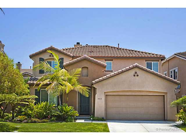 Main Photo: OCEANSIDE House for sale : 4 bedrooms : 4313 Saddlehorn Way