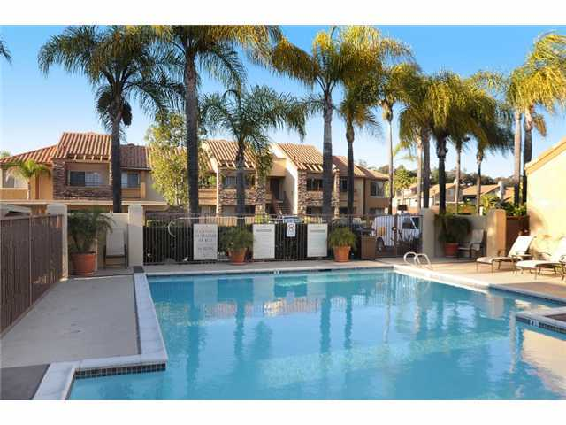 Photo 10: RANCHO BERNARDO Home for sale or rent : 2 bedrooms : 15263 MATURIN #1 in San Diego
