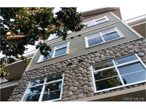 Main Photo: 307 821 Goldstream Avenue in VICTORIA: La Langford Proper Condo Apartment for sale (Langford)  : MLS® # 215837