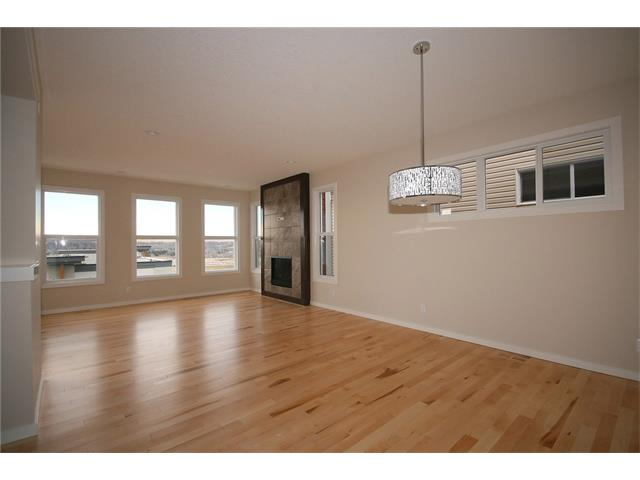 Photo 5: 22 Heritage View: Cochrane House for sale : MLS® # C4038949