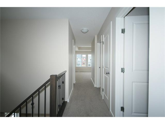 Photo 17: 22 Heritage View: Cochrane House for sale : MLS® # C4038949