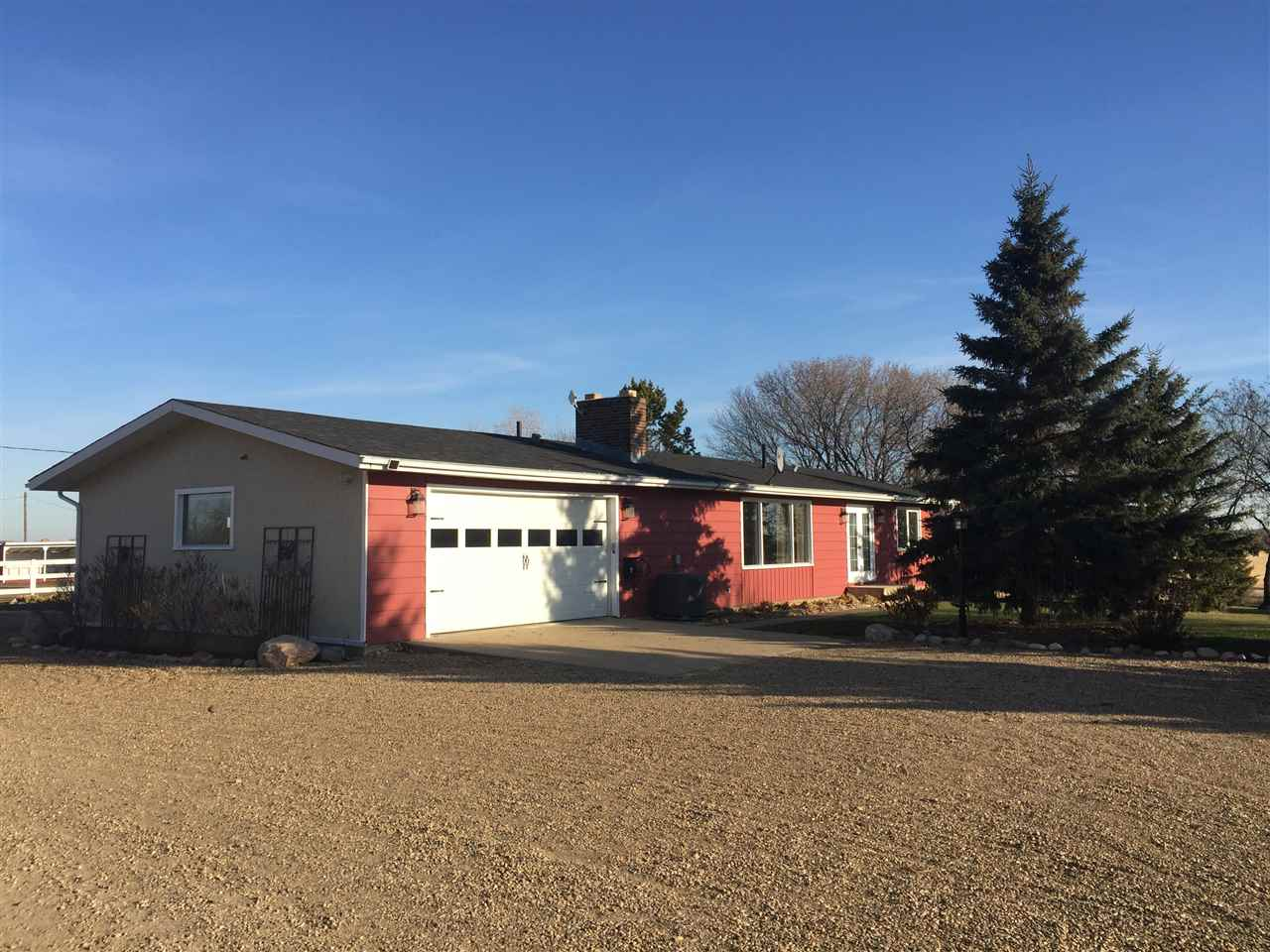 FEATURED LISTING: 23114 SH 643 Rural Sturgeon County