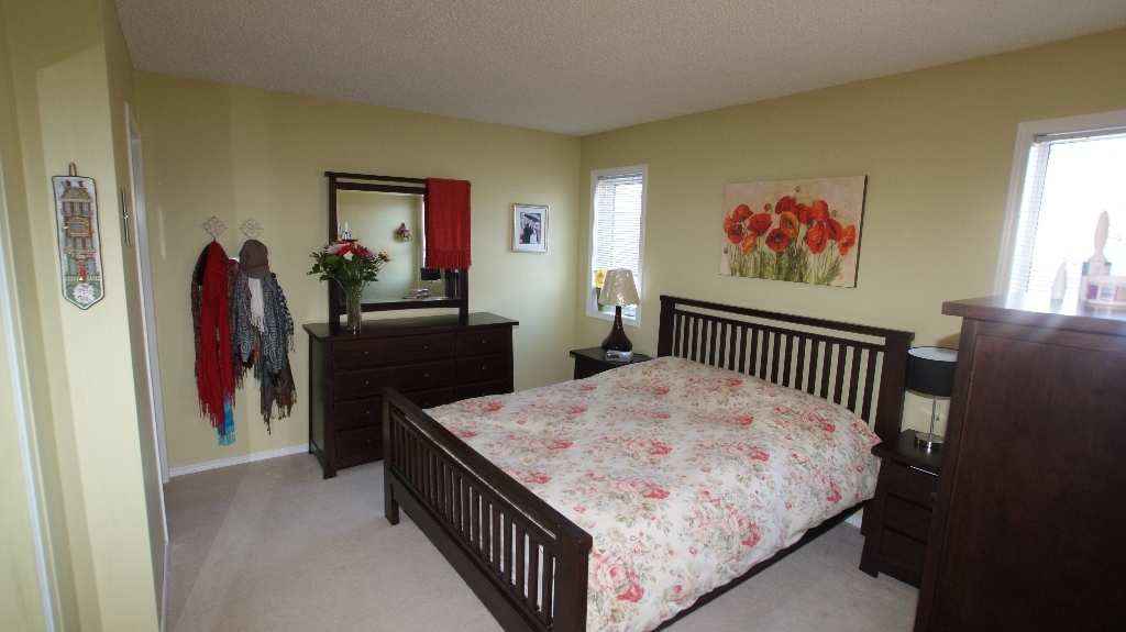 Photo 11: 84 Filbert Crescent in Winnipeg: North Kildonan Residential for sale (North East Winnipeg)