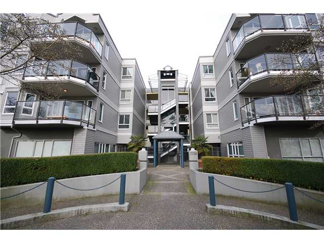 "Main Photo: 109 2250 MARINE Drive in Vancouver: Fraserview VE Condo for sale in ""WATERSIDE"" (Vancouver East)  : MLS®# V936784"