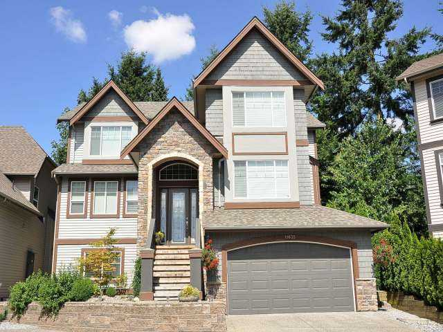 "Main Photo: 11635 COBBLESTONE Lane in Pitt Meadows: South Meadows House for sale in ""FIELDSTONE PARK"" : MLS® # V967201"