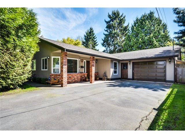 Main Photo: 5650 52ND AV in Ladner: Hawthorne House for sale : MLS®# V1060400