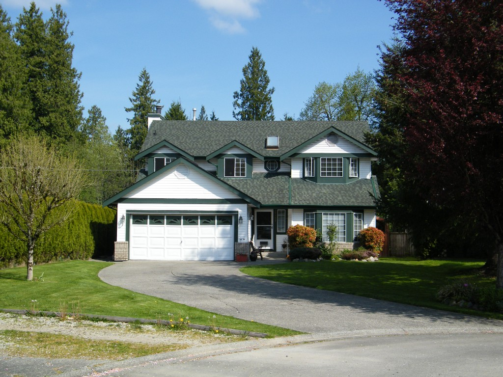Main Photo: 20833 95A Avenue in Langley: Walnut Grove House for sale : MLS®# F1439182