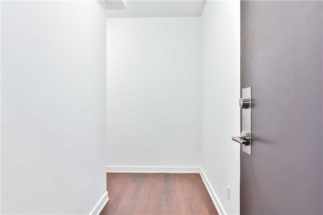 Photo 4: 32 Camden St Unit #301 in Toronto: Waterfront Communities C1 Condo for sale (Toronto C01)  : MLS(r) # C3683155