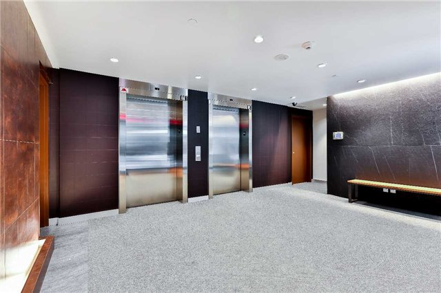Photo 3: 32 Camden St Unit #301 in Toronto: Waterfront Communities C1 Condo for sale (Toronto C01)  : MLS(r) # C3683155
