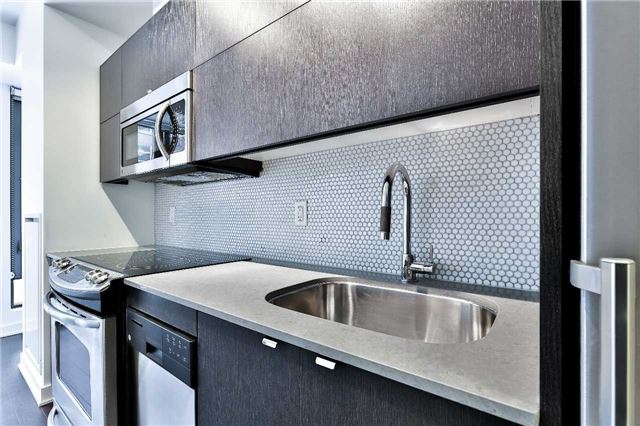 Photo 9: 32 Camden St Unit #301 in Toronto: Waterfront Communities C1 Condo for sale (Toronto C01)  : MLS(r) # C3683155