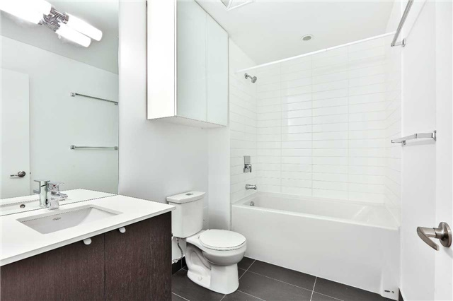 Photo 7: 32 Camden St Unit #301 in Toronto: Waterfront Communities C1 Condo for sale (Toronto C01)  : MLS(r) # C3683155