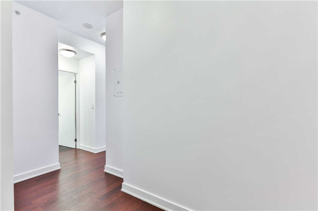 Photo 5: 32 Camden St Unit #301 in Toronto: Waterfront Communities C1 Condo for sale (Toronto C01)  : MLS(r) # C3683155