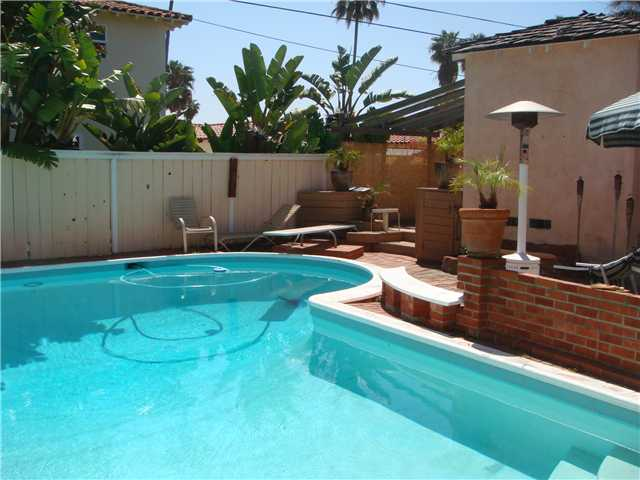 Main Photo: PACIFIC BEACH Home for sale or rent : 3 bedrooms : 3663 Jewell in San Diego