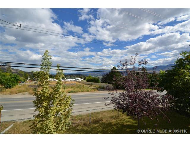 Main Photo: 3448 Old Okanagan Highway in West Kelowna: Westbank Centre Residential Attached for sale (Central Okanagan)  : MLS® # 10054116
