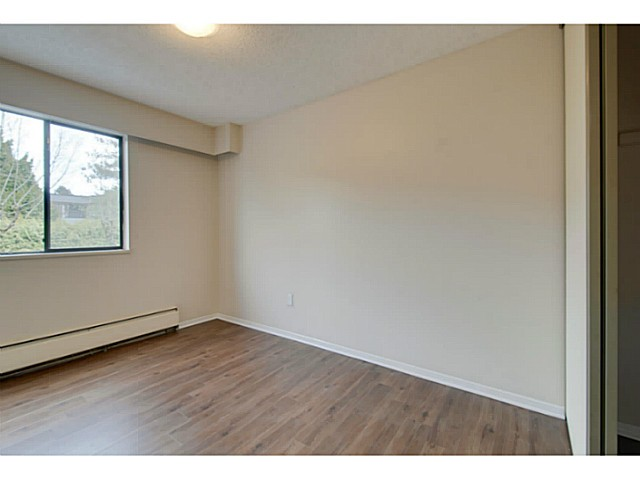 Photo 8: # 211 515 ELEVENTH ST in New Westminster: Uptown NW Condo for sale : MLS® # V1100230