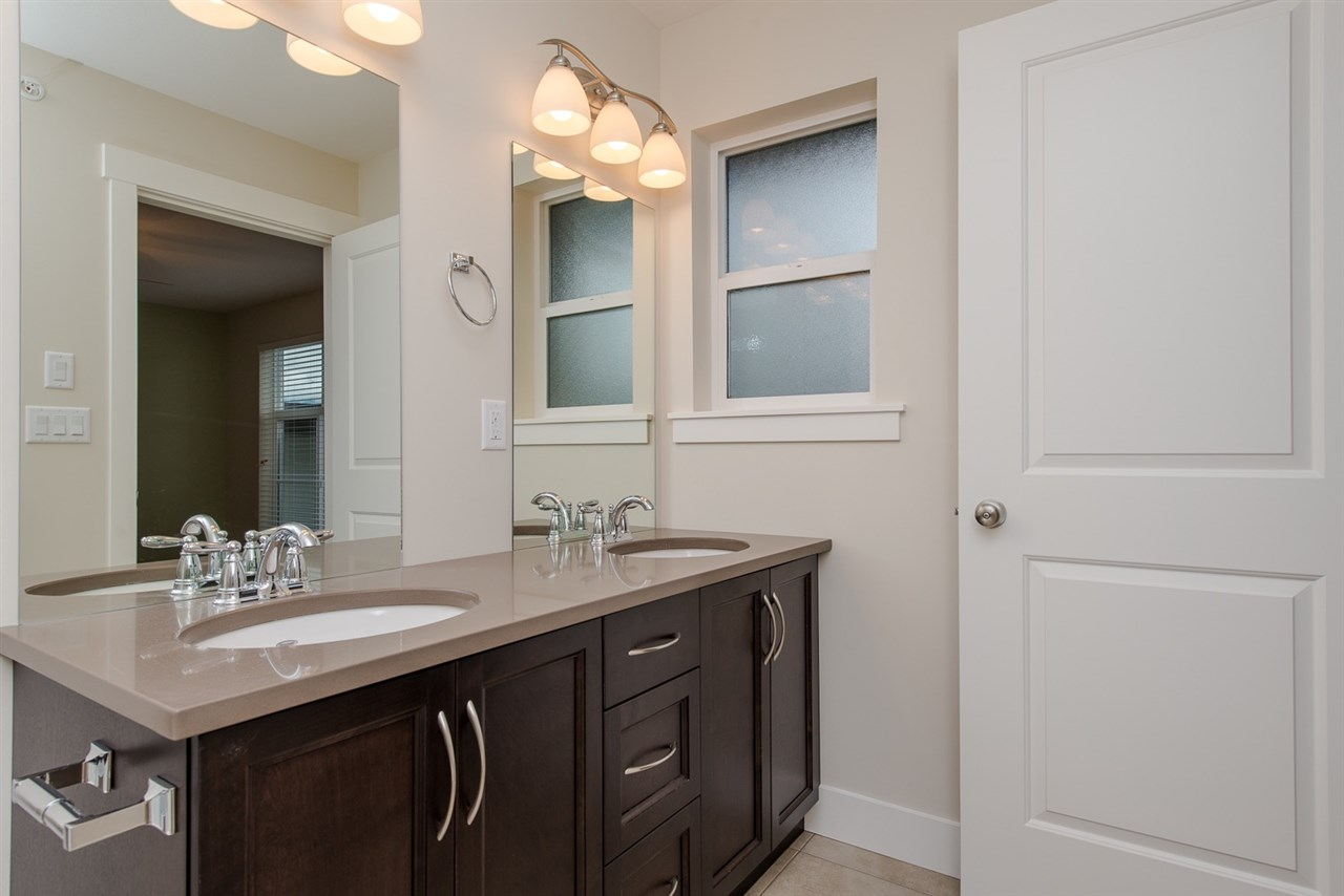 Photo 12: 36 46570 MACKEN AVENUE in Chilliwack: Chilliwack N Yale-Well Townhouse for sale : MLS® # R2044292