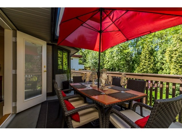 Photo 15: 7923 MEADOWOOD DRIVE in Burnaby: Forest Hills BN House for sale (Burnaby North)  : MLS® # R2070566