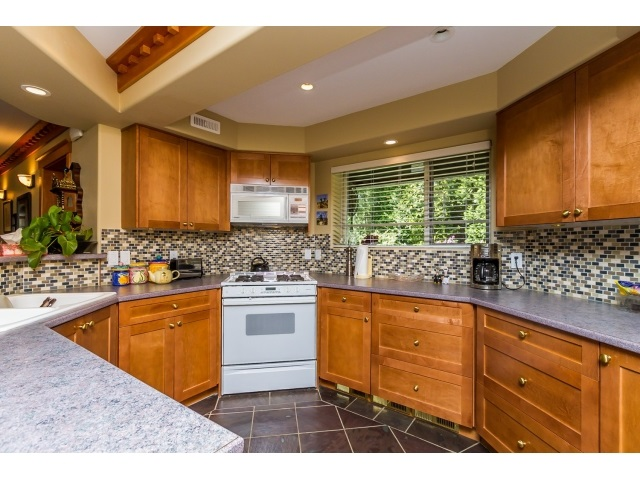 Photo 17: 7923 MEADOWOOD DRIVE in Burnaby: Forest Hills BN House for sale (Burnaby North)  : MLS® # R2070566