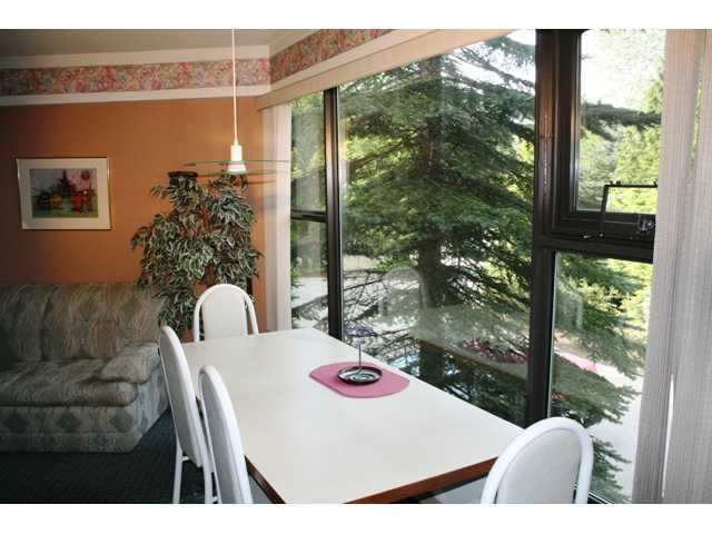 "Photo 3: # 9 2561 TRICOUNI PL: Whistler Townhouse for sale in ""THE SEASONS"" : MLS® # V955508"