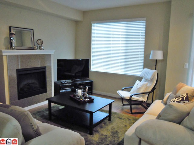 "Photo 2: 83 6575 192ND Street in Surrey: Clayton Townhouse for sale in ""IXIA"" (Cloverdale)  : MLS® # F1216748"