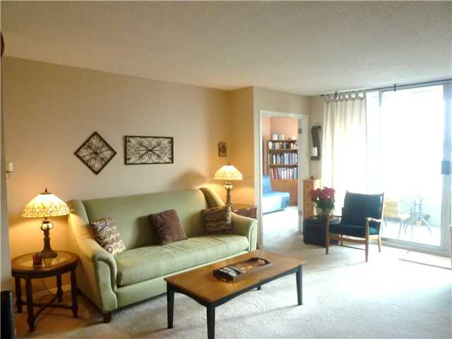 Photo 3: # 602 1065 QUAYSIDE DR in : Quay Condo for sale : MLS(r) # V923043
