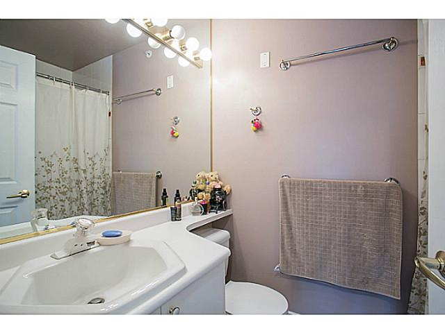 "Photo 12: 405 8989 HUDSON Street in Vancouver: Marpole Condo for sale in ""NAUTICA"" (Vancouver West)  : MLS® # V1076004"