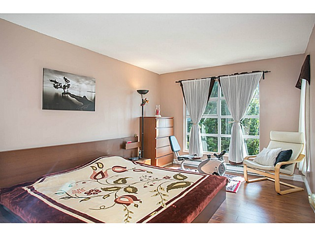 "Photo 10: 405 8989 HUDSON Street in Vancouver: Marpole Condo for sale in ""NAUTICA"" (Vancouver West)  : MLS® # V1076004"