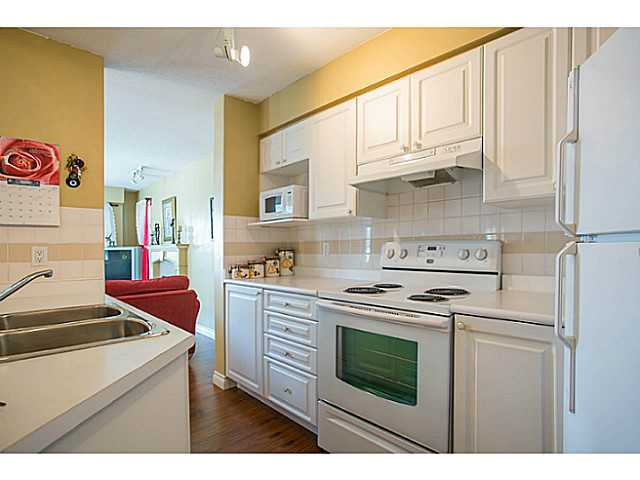 "Photo 5: 405 8989 HUDSON Street in Vancouver: Marpole Condo for sale in ""NAUTICA"" (Vancouver West)  : MLS® # V1076004"