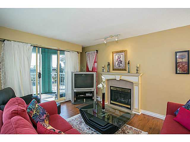 "Photo 2: 405 8989 HUDSON Street in Vancouver: Marpole Condo for sale in ""NAUTICA"" (Vancouver West)  : MLS® # V1076004"