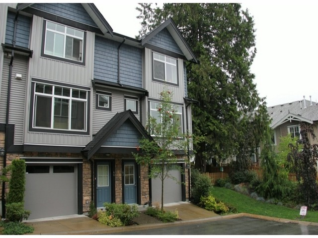 "Main Photo: 43 6299 144TH Street in Surrey: Sullivan Station Townhouse for sale in ""Altura"" : MLS® # F1418552"