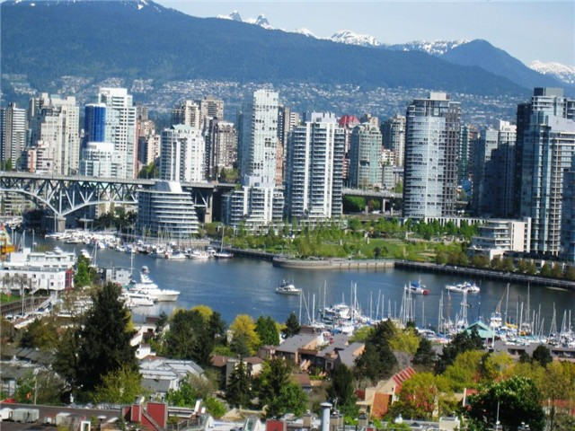 Main Photo: 1108 - 1068 W Broadway in Vancouver: Fairview VW Condo for sale (Vancouver West)  : MLS(r) # V1123059