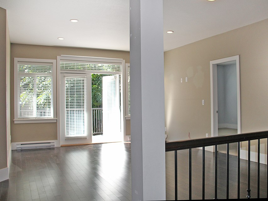 Photo 2: 3 2745 FULLER STREET in Abbotsford: Central Abbotsford Townhouse for sale : MLS® # R2029423