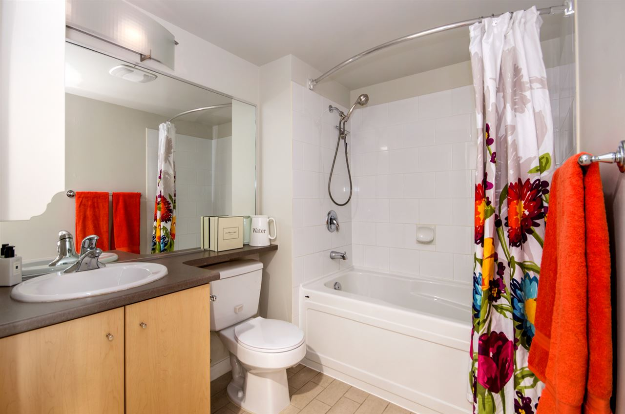 Photo 12: 402 2768 CRANBERRY DRIVE in Vancouver: Kitsilano Condo for sale (Vancouver West)  : MLS® # R2140838