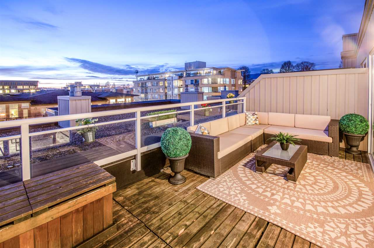 Photo 18: 402 2768 CRANBERRY DRIVE in Vancouver: Kitsilano Condo for sale (Vancouver West)  : MLS® # R2140838