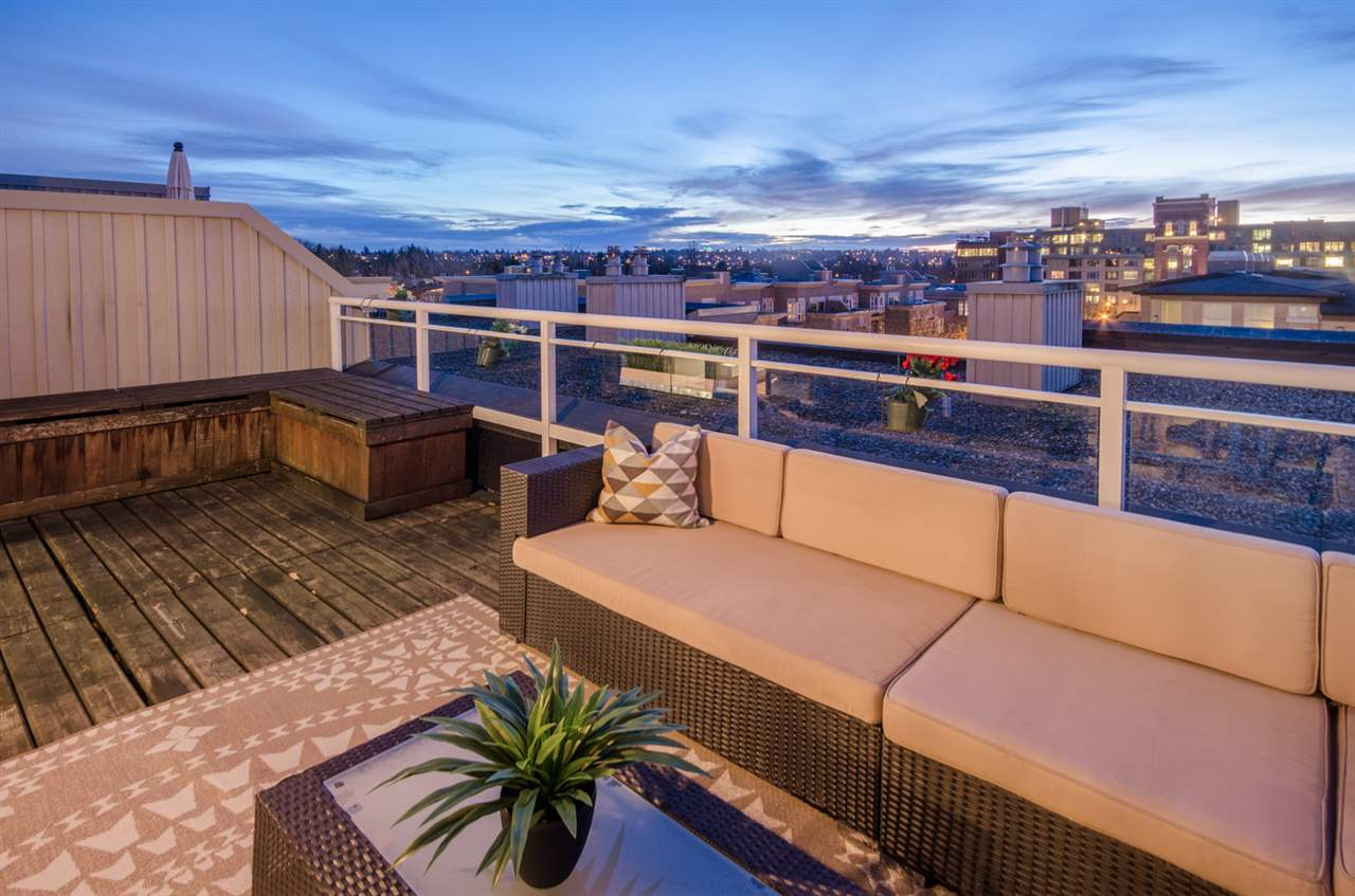Photo 16: 402 2768 CRANBERRY DRIVE in Vancouver: Kitsilano Condo for sale (Vancouver West)  : MLS® # R2140838