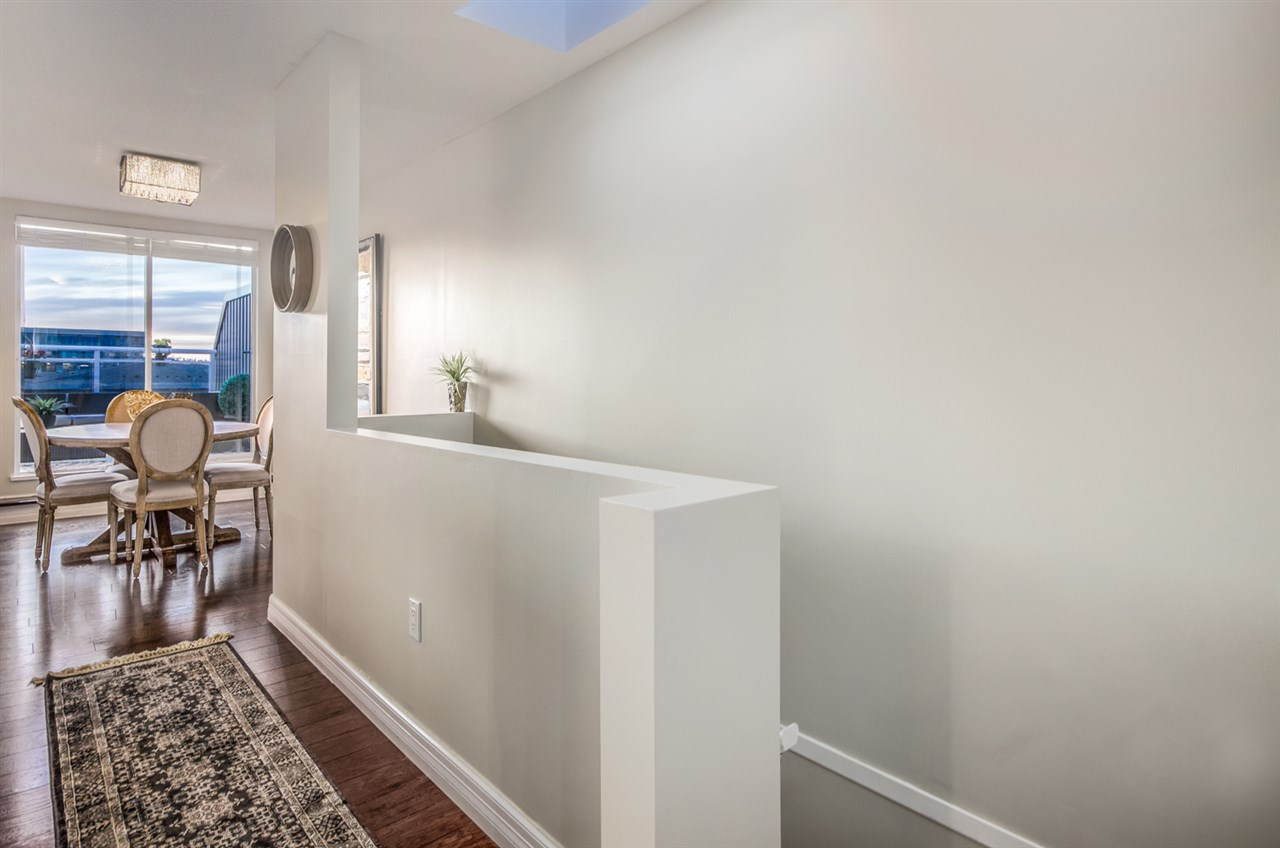 Photo 11: 402 2768 CRANBERRY DRIVE in Vancouver: Kitsilano Condo for sale (Vancouver West)  : MLS® # R2140838
