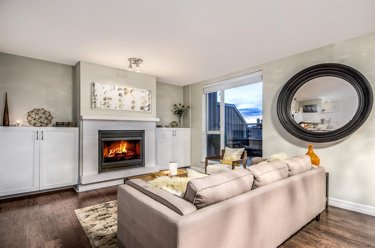 Photo 2: 402 2768 CRANBERRY DRIVE in Vancouver: Kitsilano Condo for sale (Vancouver West)  : MLS® # R2140838