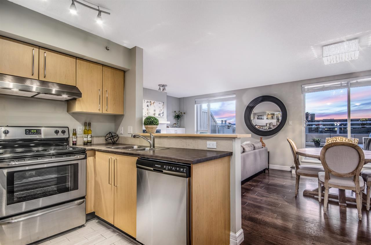 Photo 9: 402 2768 CRANBERRY DRIVE in Vancouver: Kitsilano Condo for sale (Vancouver West)  : MLS® # R2140838